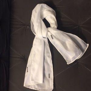 Black and white modern minimalist scarf